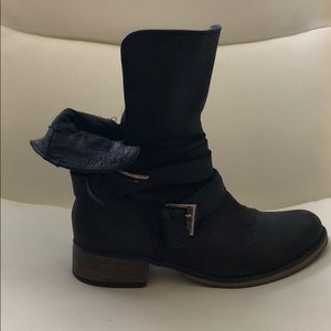 Steve Madden Black Combat Boots. Size 9